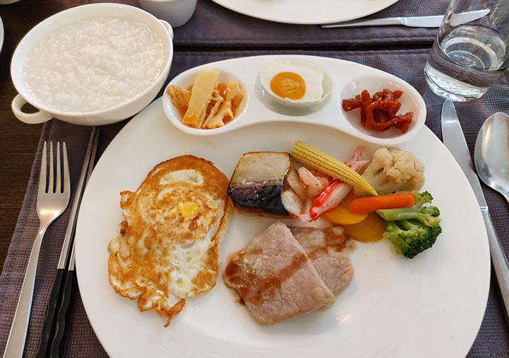 ゴールデンチューリップRSブティックホテル台南 台湾風の朝食