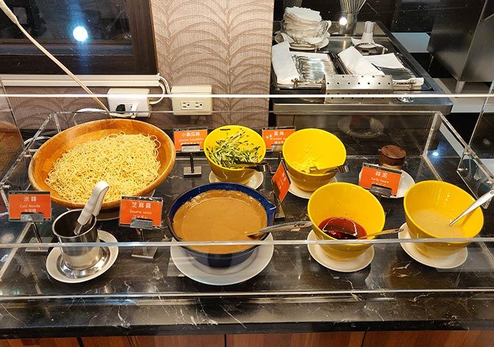 カインドネスホテル台南チーカンタワー 夜食の麺類