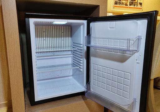 カインドネスホテル台南チーカンタワー 客室の冷蔵庫
