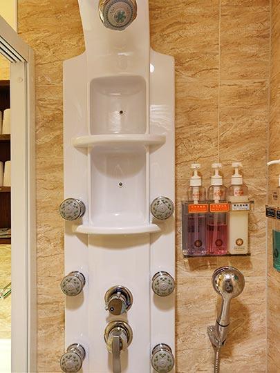 カインドネスホテル台南チーカンタワー 客室のシャワー