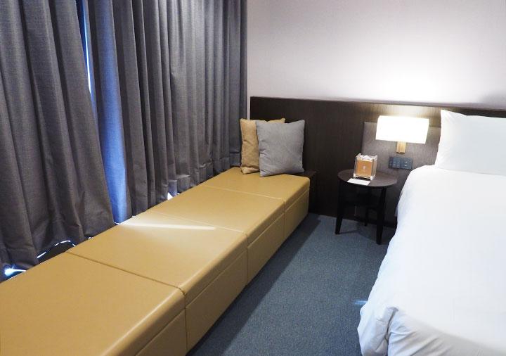 レイクショアホテル台南 客室のベンチ