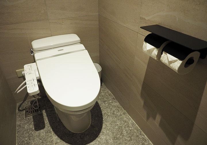 レイクショアホテル台南 客室のトイレ