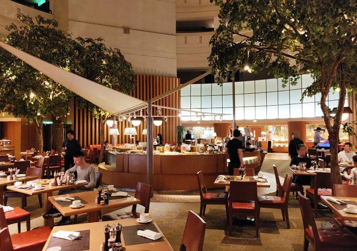シャングリラ・ファーイースタンプラザホテル台南 朝食のシャングリラ・ファーイースタンプラザホテル台南 朝食のレストラン
