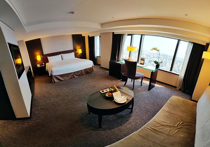 シャングリラ・ファーイースタンプラザホテル台南 客室のパノラマ画像