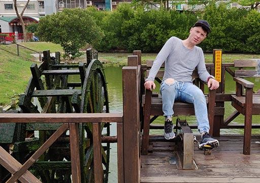 台南 安平樹屋の足踏み式水車とNicola