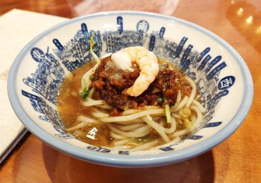 台南 度小月担仔麺の麺