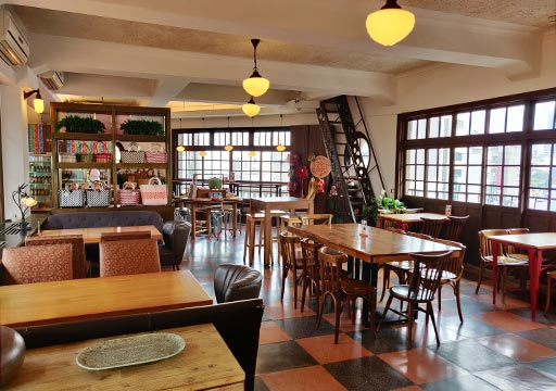 台南の林百貨店 レストラン