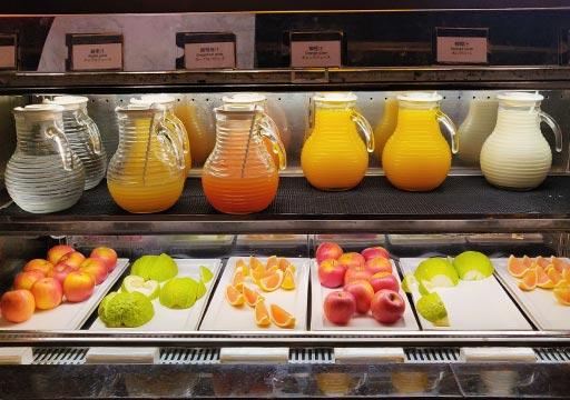 アンバサダーホテル高雄 朝食ビュッフェのフルーツ