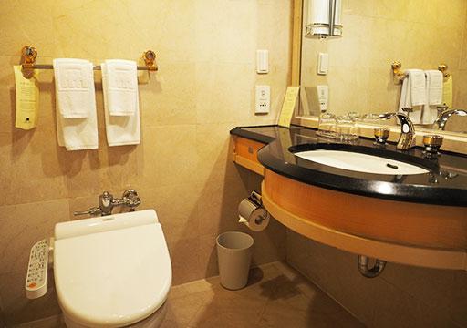 アンバサダーホテル高雄 客室のバスルーム