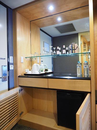 アンバサダーホテル高雄 客室のキッチン台
