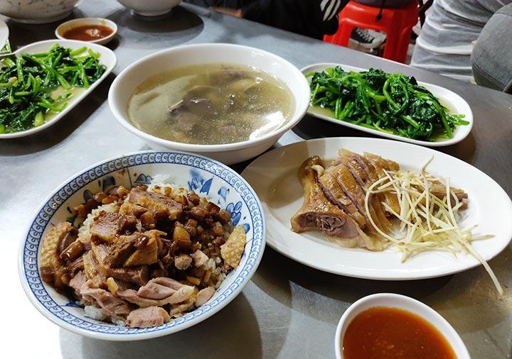 高雄のグルメ 鴨肉珍の鴨肉飯と鴨肉切盤