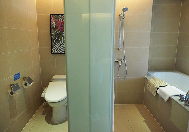 ジャストスリープ高雄駅前館 客室のトイレ・バスルーム