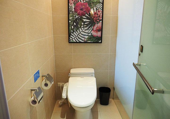 ジャストスリープ高雄駅前館 客室のトイレ