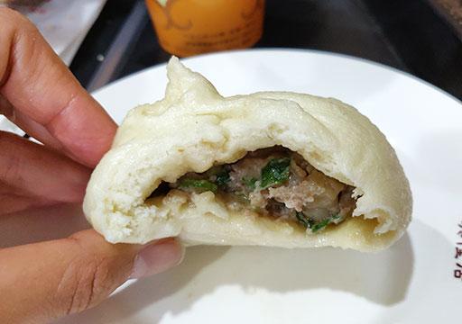 高雄のグルメ 老店興隆居傳統早點美食の肉まん