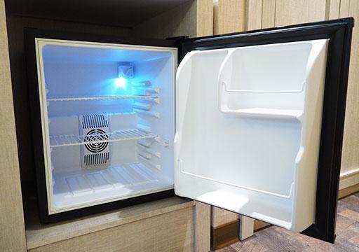 高雄 カインドネスホテル高雄メインステーション 客室の冷蔵庫