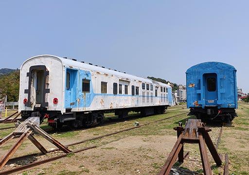 高雄の駁二芸術特区 哈瑪星鉄道文化園区の古い列車