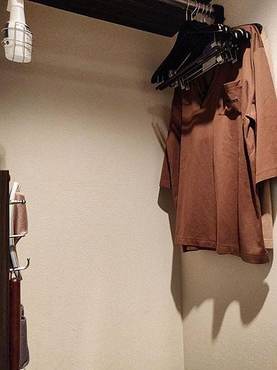 天然温泉 霧桜の湯 ドーミーイン鹿児島 客室のワードローブ