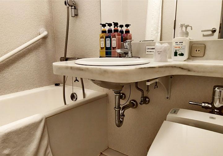 ホテル福岡ガーデンパレス 客室のバスルーム