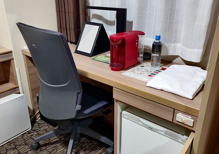 ホテル福岡ガーデンパレス 客室のデスク