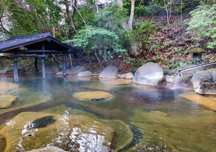 黒川温泉 旅館山河 女性専用露天風呂:四季の湯