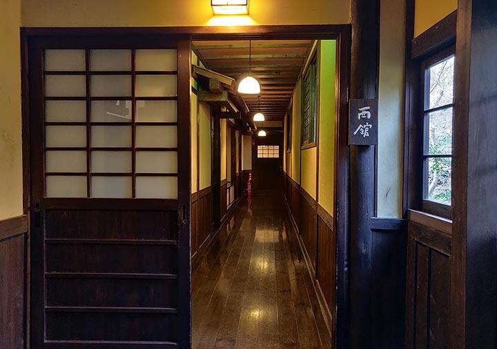 黒川温泉 旅館山河 廊下