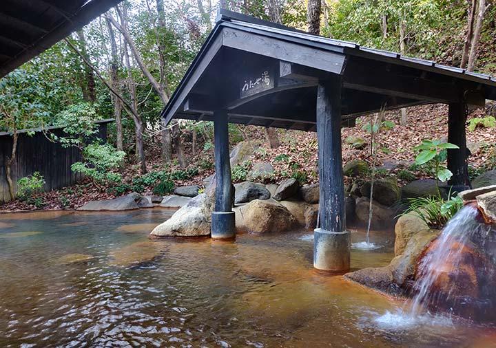 黒川温泉 旅館山河 混浴露天風呂:もやいの湯