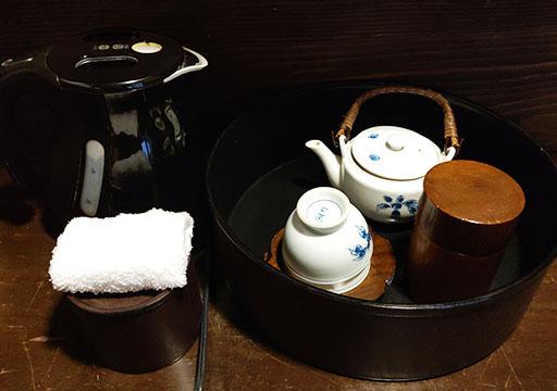 黒川温泉 旅館山河 客室のお茶セット