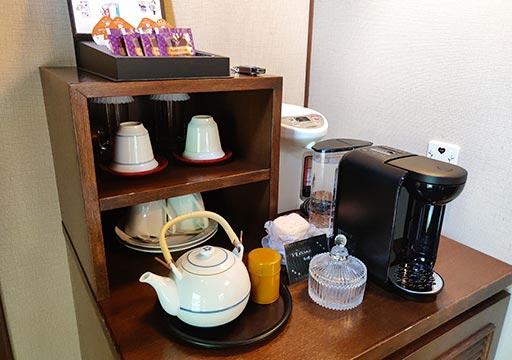フリューゲル久住 客室のコーヒー・お茶セット