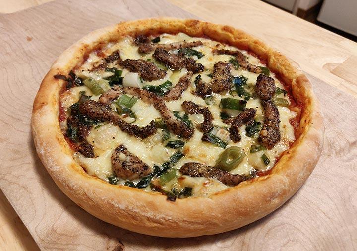 カーサ・カキヤ 冷凍 ピザ さつま黒豚の黒胡椒風味と京都九条ねぎのピザ