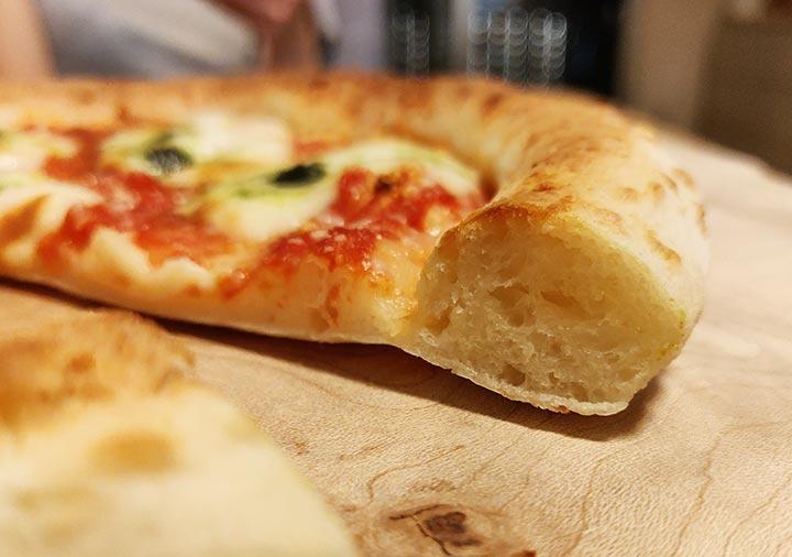 森山ナポリの冷凍ピザお取り寄せ ダブルチーズマルゲリータ